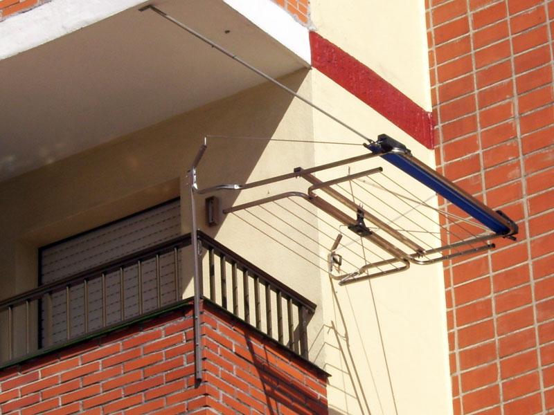 Pin llavero de fieltro manualidades para regalar wonderful - Tendederos de balcon ...
